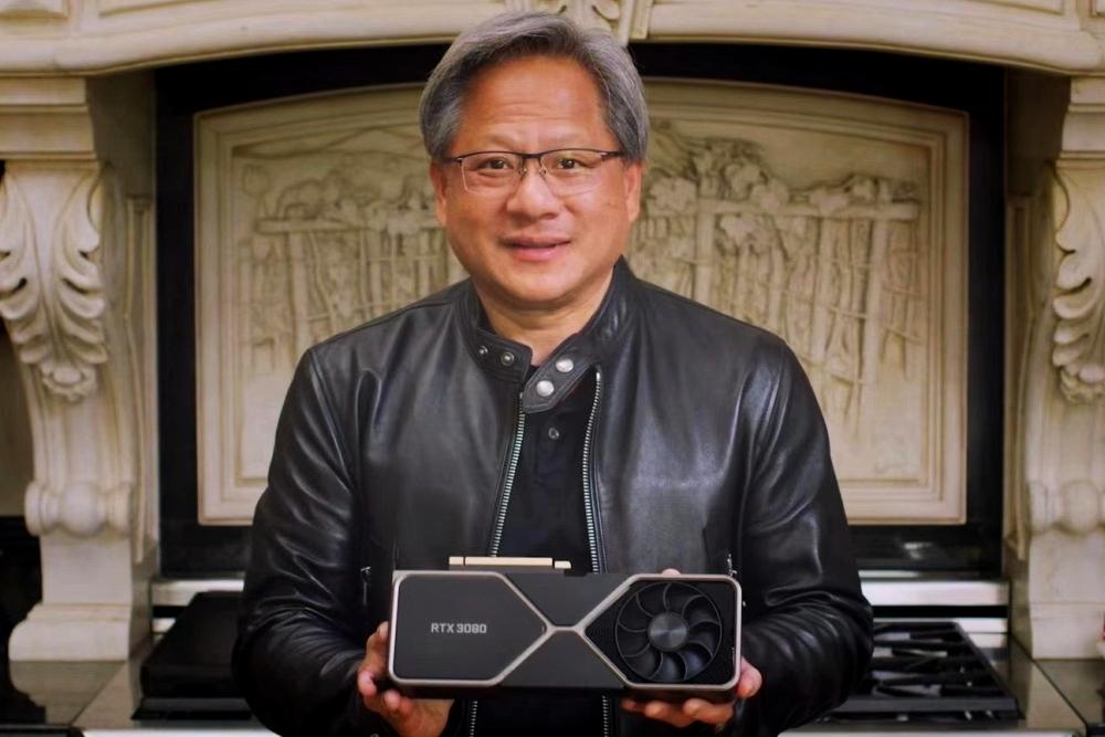 黄仁勋:PS5和XSX不配与PC相提并论 电脑上能做更多事情