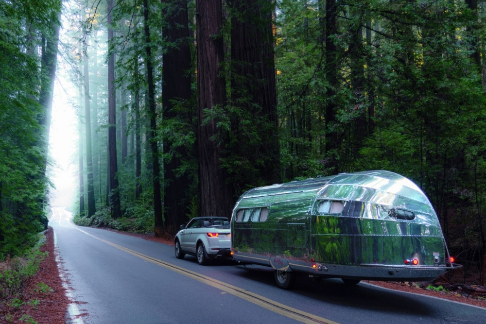 新冠背景下的移动庇护所:智能露营拖车