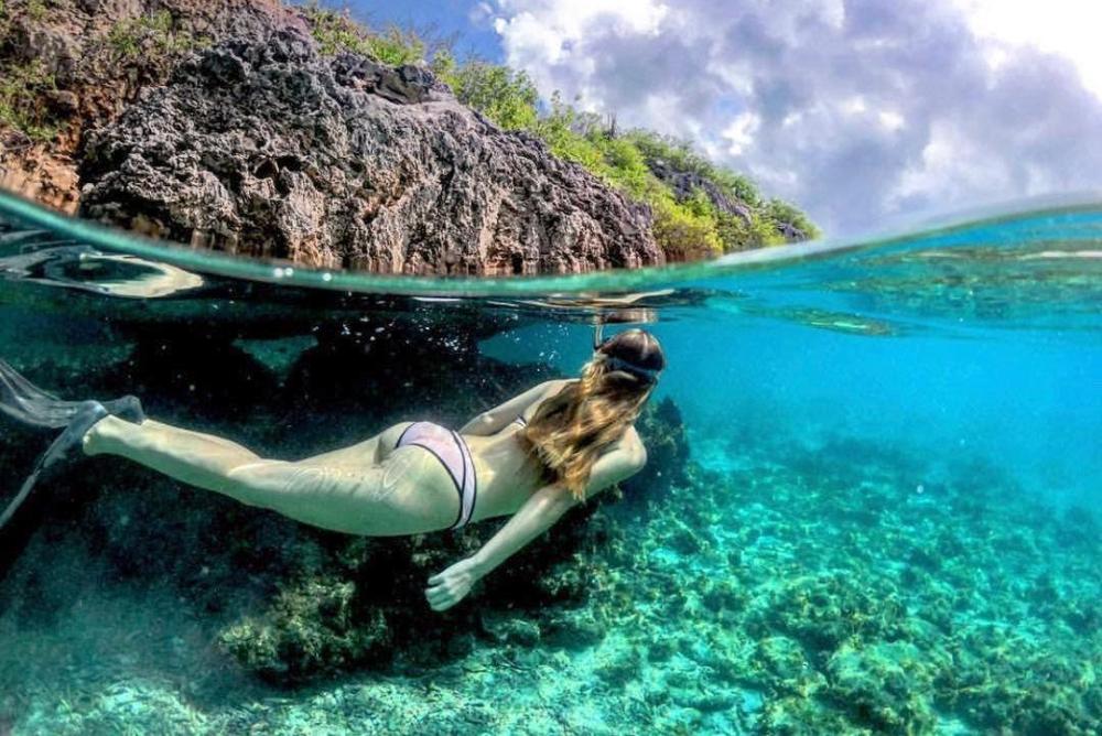 潜水拍照神器 夏日玩水轻松拍出分割镜头