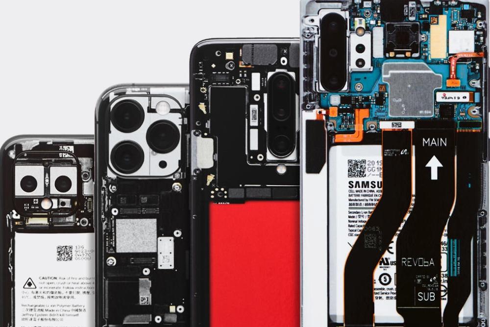 """厂商推出伪透明后壳 让手机秒变""""限量探索版"""""""