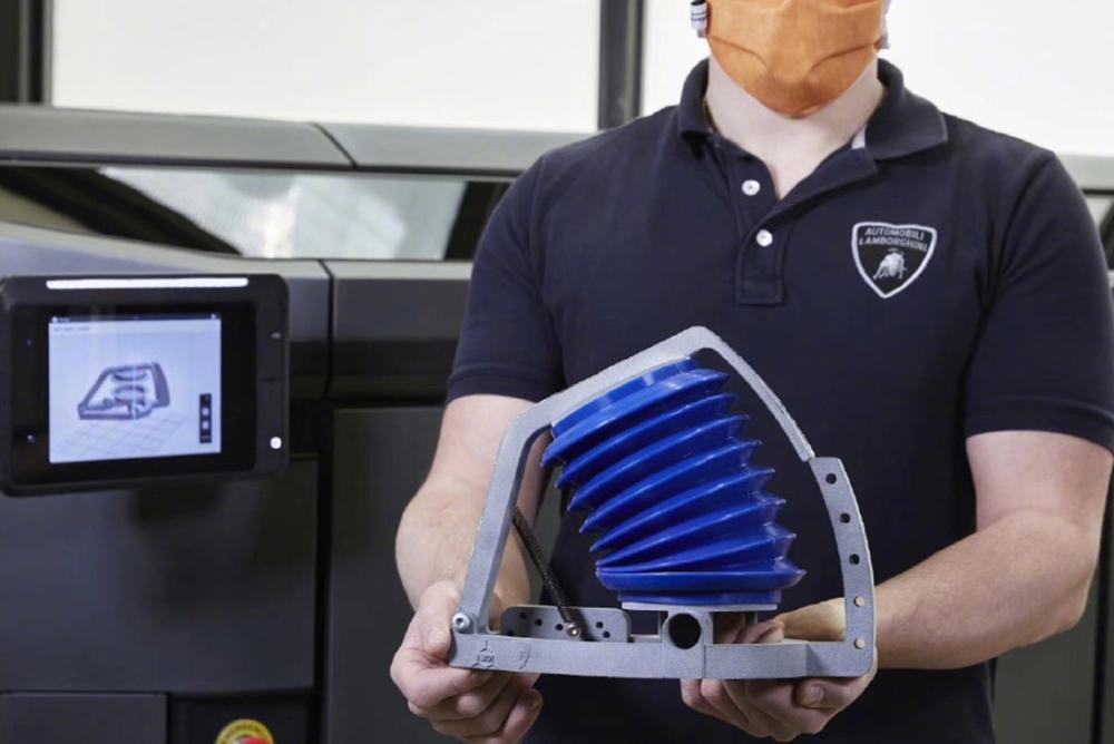 兰博基尼转战呼吸机:3D打印 每周产18台