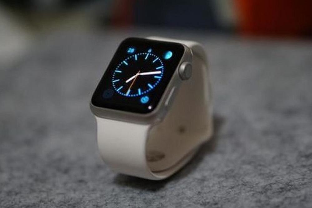 Apple Watch回收价10元 第一批吃螃蟹的人会咋想?