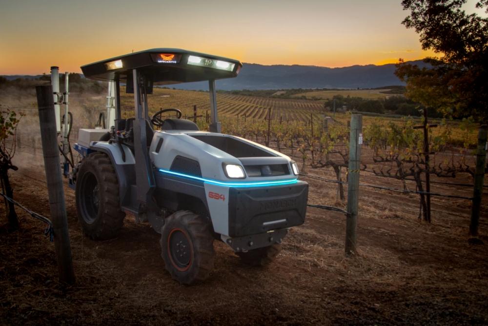 電動自動駕駛拖拉機被稱為世界上最智能的拖拉機
