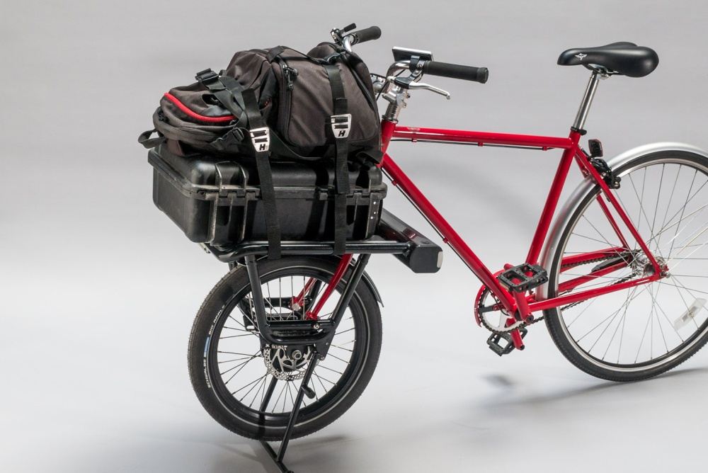 自行车前轮改电机货架 时速可达25公里