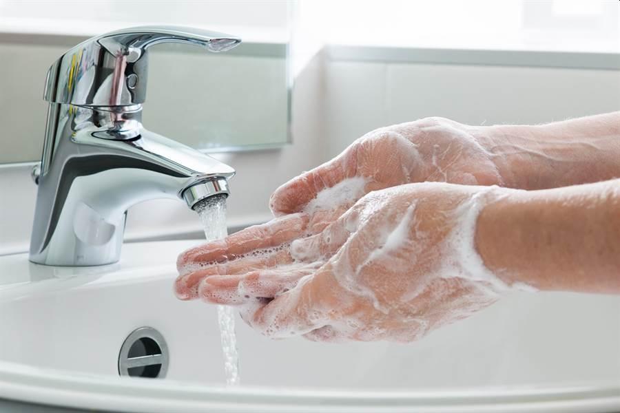 如何制作属于自己的消毒洗手液?