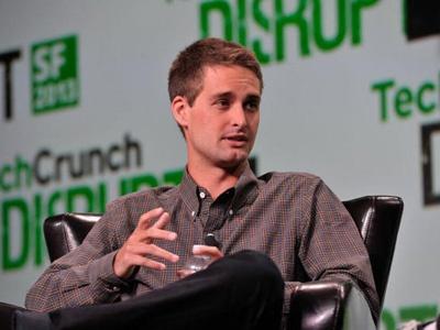 Snap创始人身价已达35亿美元 两人共掌控公司近九成投票权