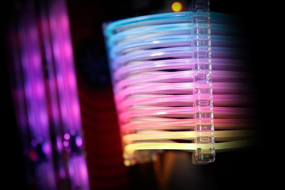 万物皆可RGB:厂商推出24pin RGB电源连接线