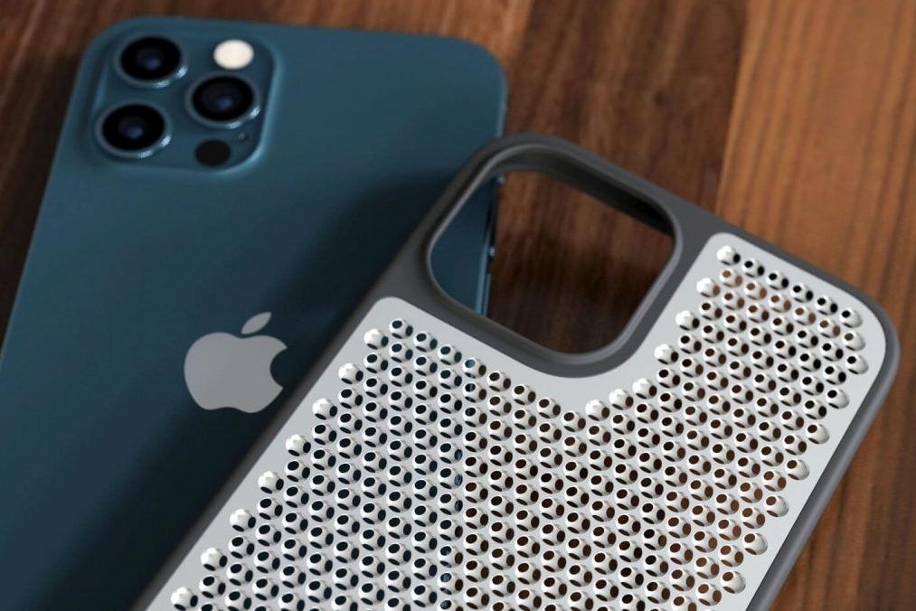 """iPhone 12的""""刨丝器""""保护套:这真的会是你想要的吗"""
