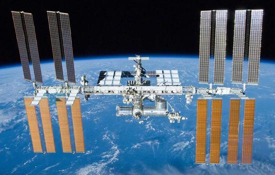 国际空间站(ISS),图自wikipedia