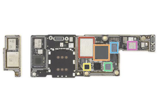 ▲iPhone XS 主板,橙色部分爲基帶芯片. 圖片來自:iFixit