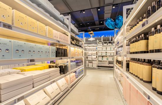 网易考拉全球工厂店线下门店内部商品构成