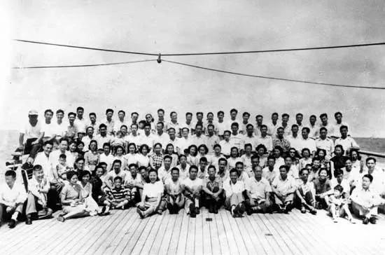 1950年8月31日威尔逊总统号上的归国留学生
