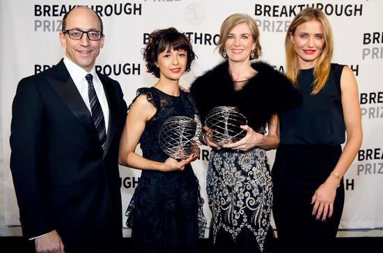 Doudna和Charpentier因CRISPR技术上的贡献荣获世界杰出女科学家成就奖