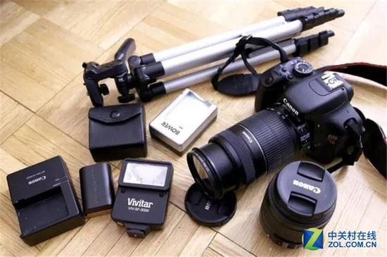 对于大众消费者而言,相机应该是越简单越好