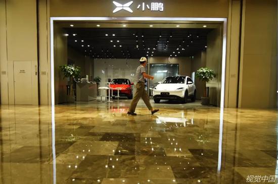 在特斯拉主场 蔚来、理想、小鹏谁代表中国速度?
