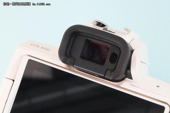 ▲EOS M50 236万像素的取景器显示效果不错,完全没有拖影和闪烁情况。