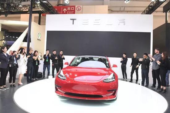 图|特斯拉Model3亮相2018北京国际车展