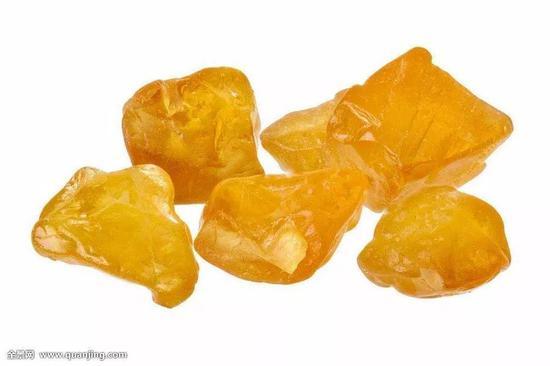 5-天然黄色蓝宝石单晶,为他形晶(图片来源:百度图片)