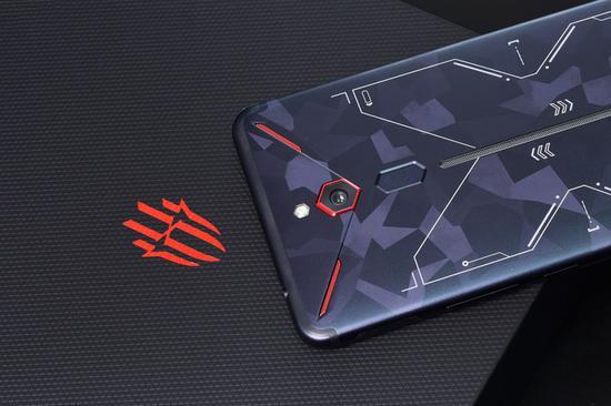 ▲红魔Mars电竞手机散热模块