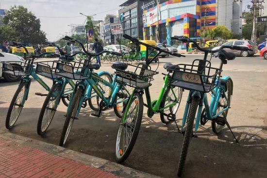 班加罗尔街头的共享单车