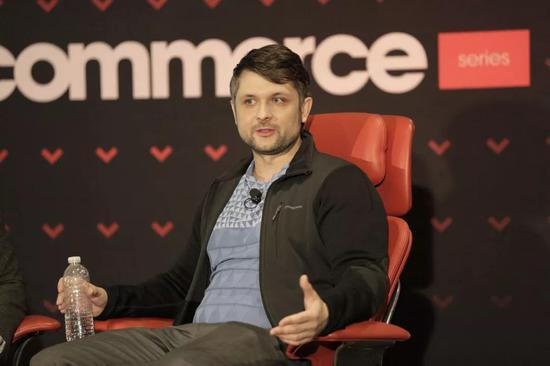 另一名创始人华裔工程师Danny Zhang,则是 Yahoo的早期成员。