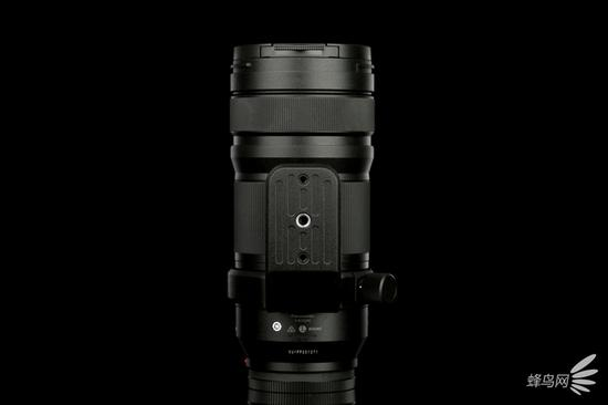 松下LUMIX S PRO 70-200mm f/4 O.I.S镜头背面