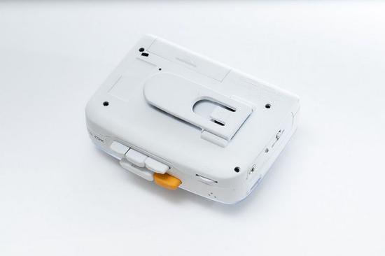 怀旧之风吹满地:首款支持蓝牙磁带录音机问世
