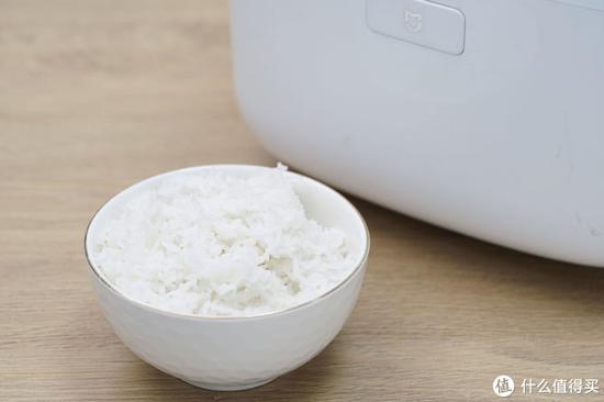 通俗电饭煲煮的米饭