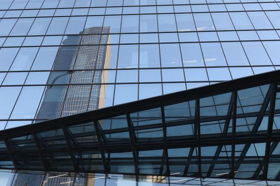 「阳光在线黑网合作」传音控股功能机销量营收倒挂 22亿销售费为研发的3倍