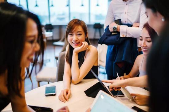 缅甸小猛拉网址_中植系解直锟成康盛股份实控人 公司去年巨亏12.7亿