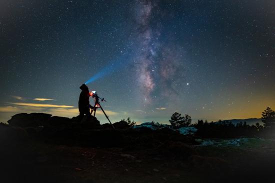 银河优越会登录网站 - 嫦娥四号为什么要在夜里发射 月球背面着陆很难吗