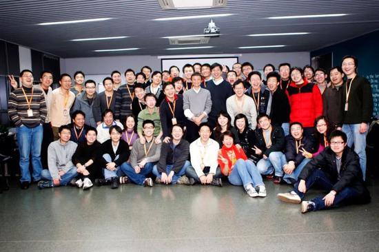 万豪2游戏·新中国成立七十年来我区教育事业发展综述:立德铸魂育新人