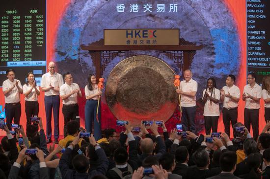 四海娱乐app 学者:三因素施压中国经济 不能重回刺激房地产老路