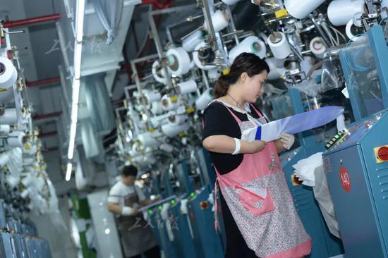 义乌的直播江湖:有人亏了百万有人一夜暴富工厂到底要不要直播?