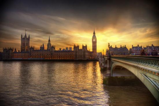 参考快评:英国对华为翻脸 这三个问题想好答案了吗?
