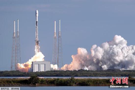 """SpaceX发射第11批""""星链""""卫星"""