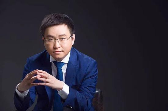 斗鱼CEO陈少杰的逆袭人生:辍学打游戏、沉迷搞直播