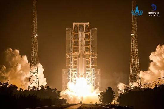 嫦娥五号发射图 图/国家航天局