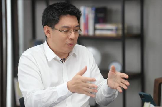 对话方兴东、吴伯凡:互联网反垄断最大难点是什么?