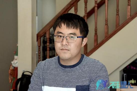 尹伊 图 杜晨/硅星人