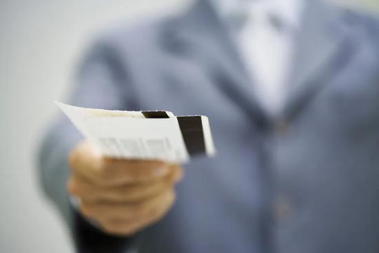 66元的机票盲盒,谁占了谁的便宜?