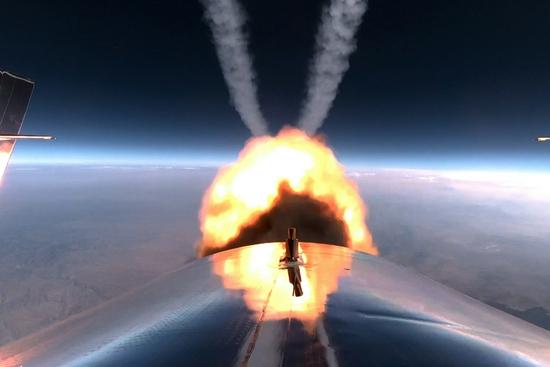 科普:过程几分钟且票价不菲的商业太空游是何体验?