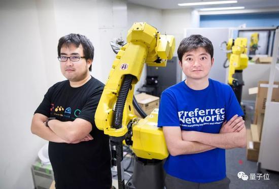 △冈野原大辅(左) & 西川徹(右)   图源:Bloomberg