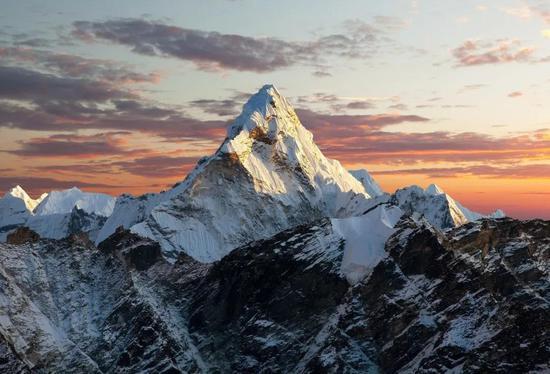阿玛达布拉姆峰