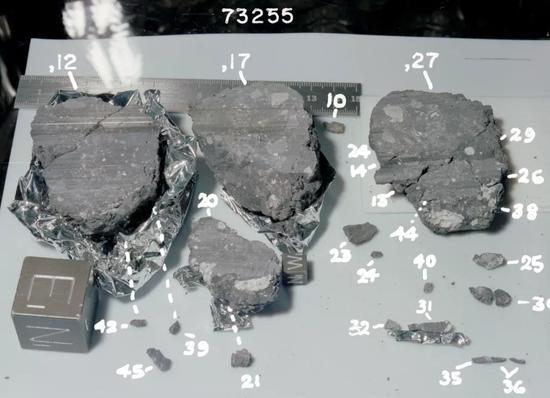 来自月球的岩石样本图/Wikipedia