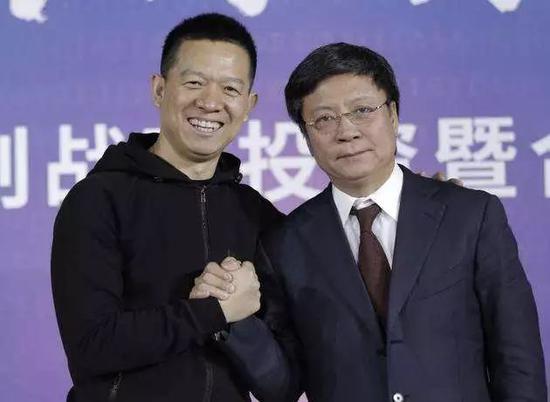 图:孙宏斌(右)与贾跃亭(左)