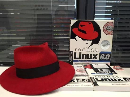 全球最大开源操作系统前世今生:一个书呆子让微软头疼