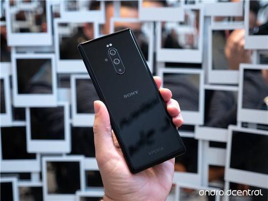 2019年Q2索尼Xperia智能手机出货量不足100万部