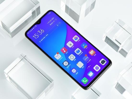 """万豪电玩城app官网 - 摩托罗拉One Zoom配置曝光!骁龙675+后置""""麻将""""四摄"""