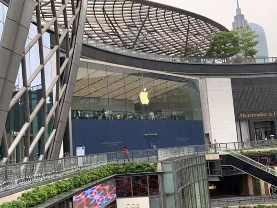 股价连涨不休:苹果还能再涨50%吗?